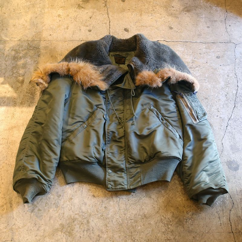 画像1: 1960's VINTAGE N-2B FLIGHT JACKET (1)