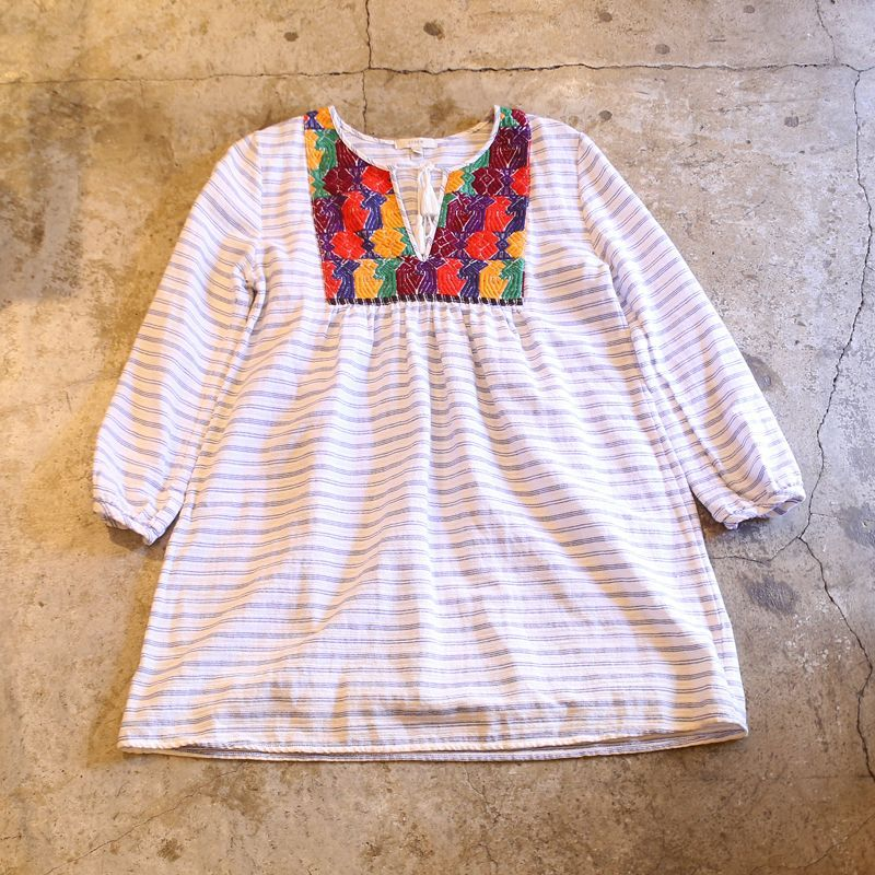 画像1: EMBROIDERY DESIGN BORDER BLOUSE (1)