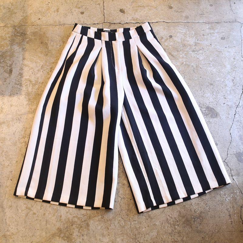 画像1: STRIPE DESIGN CROPPED PANTS (1)