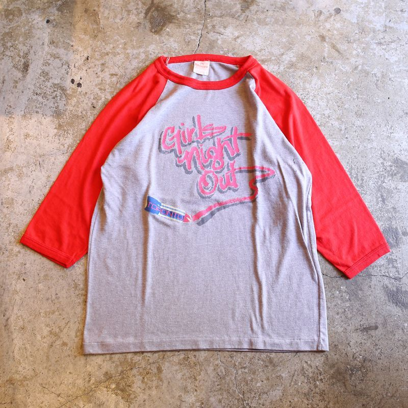 "画像1: VINTAGE ""GIRLS NIGHT OUT"" RAGLAN TEE (1)"