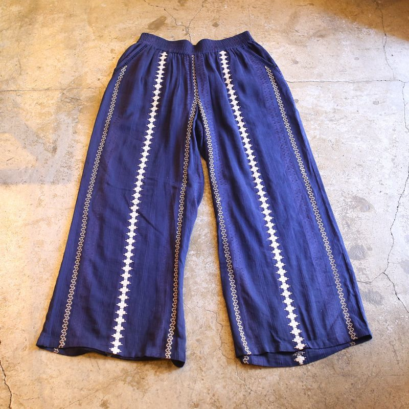 画像1: STRIPE DESIGN EMBROIDERY PANTS / W29~ (1)