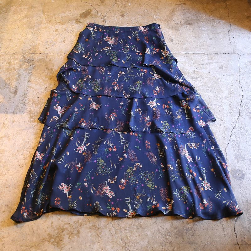 画像1: FLORAL PATTERN FRILL DESIGN SKIRT / W27~W28 (1)