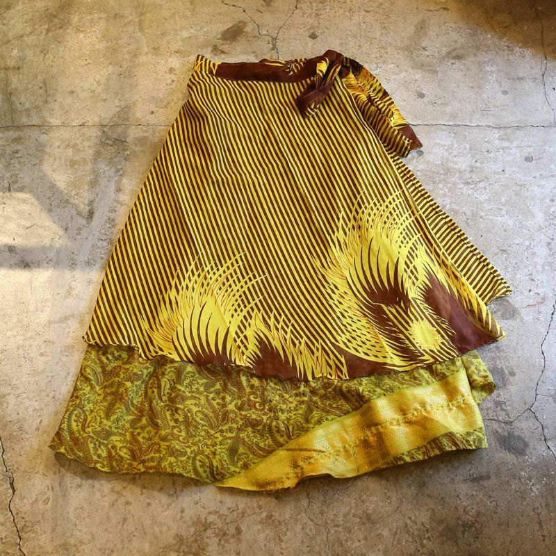 画像1: VINTAGE ALL OVER PTTERN  WRAP SKIRT / W25~ (1)