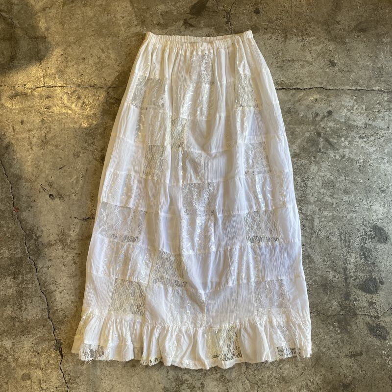 画像1: OLD PATCHWORK LACE TIERED SKIRT / W26~ (1)